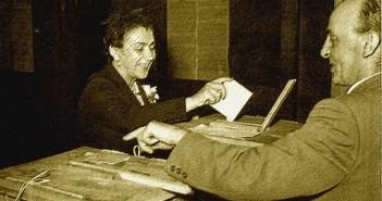 Voto donne-1945