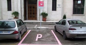 Cedere il parcheggio ad una mamma