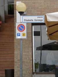 Urbino_ElisabettaGonzaga
