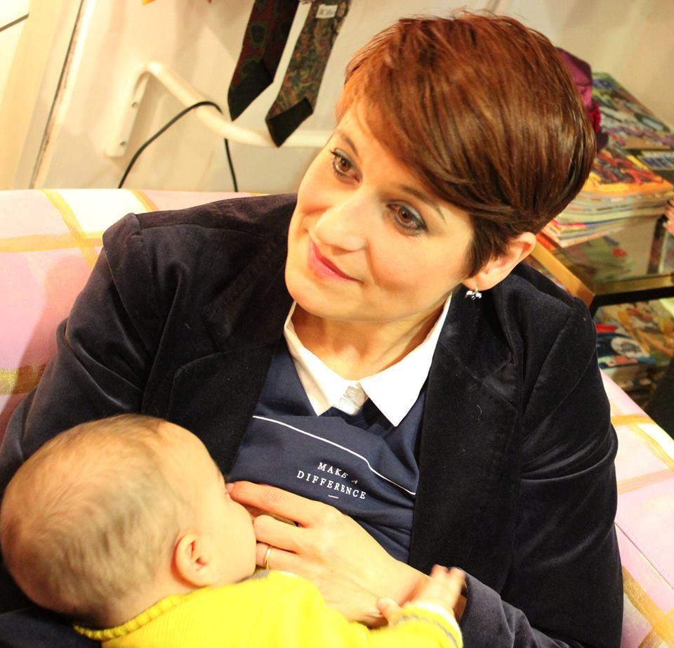 donne-italiane - dols-mamma-che-allatta
