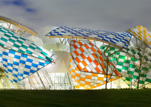 4_observatory-of-light-fondation-louis-vuitton-multicoloured-installation-daniel-buren-frank-gehry-paris-france-glass_dezeen_1568