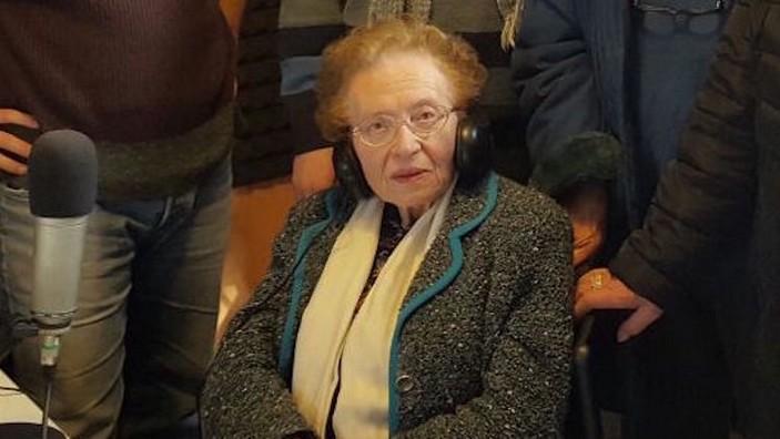 MIRELLA ANTONIONE CASALE - L'insegnante che ha cMIRELLA ANTONIONE CASALE - L'insegnante che ha cambiato la scuola italian