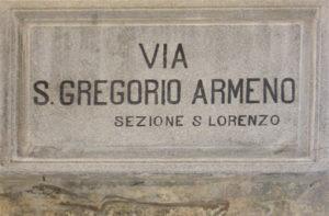 Foto-2.Napoli.San-Gregorio-Armeno-300x197